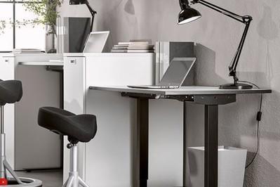 Jak stworzyć w domu przestrzeń do efektywnej pracy?
