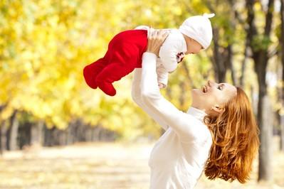 Jesienne wyzwania aktywnej mamy. Jak zadbać o zdrowie całej rodziny?