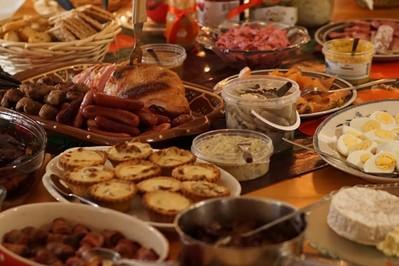 Jak przechowywać jedzenie świąteczne?