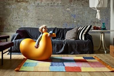 Design dla najmłodszych: Julian, Dodo i niewidzialne krzesła