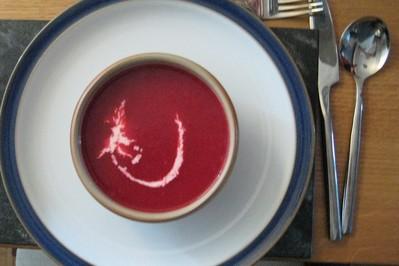 Zupa z botwinki - właściwości i przepisy!