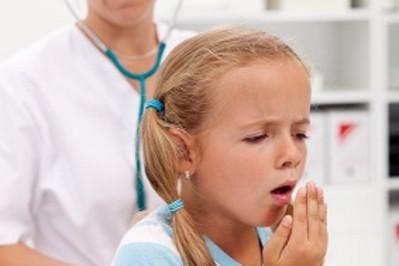 Kaszel u dzieci – rodzaje, leczenie i zagrożenia