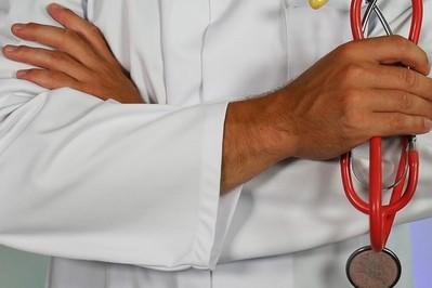 Zmiany w L4 w 2021: cięcia wydatków i krótsze okresy zwlonień lekarskich