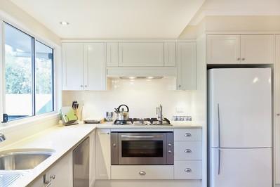 AGD do zabudowy – sprawdź jak urządzić nowoczesną kuchnię