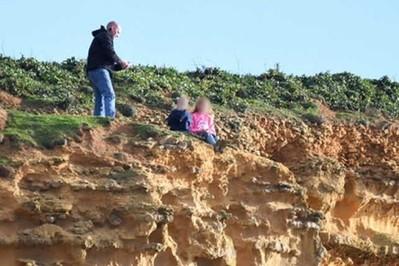 Dzieci na skraju klifu: tata chciał zrobić im zdjęcia!