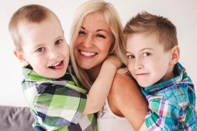 Jak być dobrą i (nie)idealną mamą? - WYWIAD Z PSYCHOLOGIEM