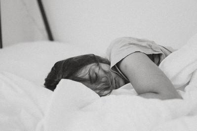 Ile snu potrzebujemy w zależności od wieku?