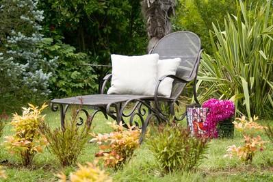 Aranżujemy ogród na wiosnę. Co warto wiedzieć na początek?