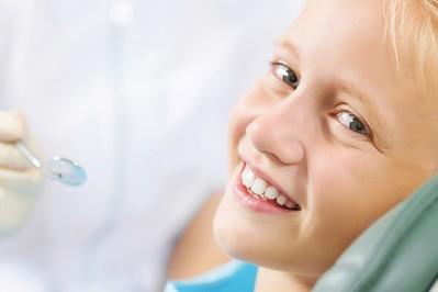 Pielęgnacja ząbków u dzieci – wywiad z lekarzem dentystą Alfa Dental
