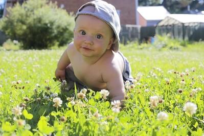 Jak przygotować siebie i dziecko na słońce?