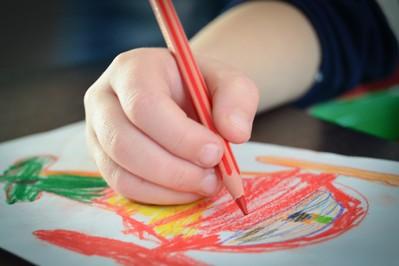 Czy wiesz, że kredki czarują dziecięcy świat? ROZWIĄŻ QUIZ Z NAGRODAMI