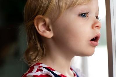 Domowe sposoby na ból gardła u dziecka. To działa!