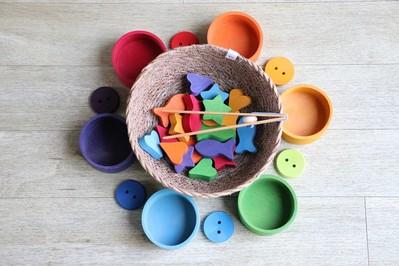 Zabawki drewniane: 7 powodów dla których dziecko powinno je mieć