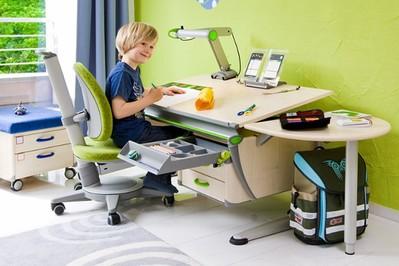 jakie krzesło do biurka dla 7 latka