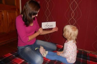 Metoda Domana – jak nauczyć małe dziecko czytać?