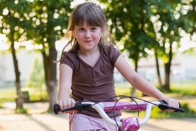 Komu można zaufać? – naucz dziecko rozmawiać z nieznajomymi!