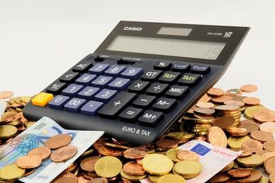 Dlaczego kobiety lepiej zarządzają domowym budżetem?
