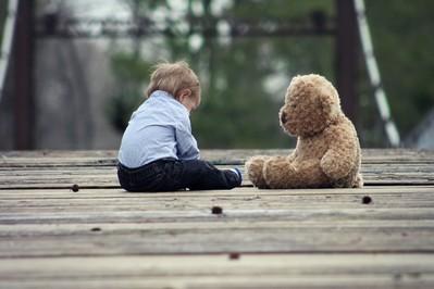 Co zrobić, by mały samotnik otworzył się na innych?