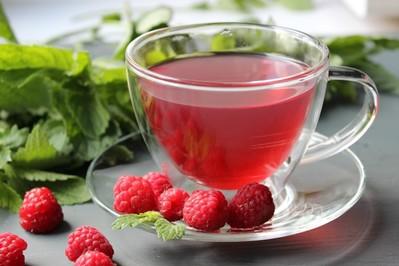 Herbata z liści malin - pożegnaj poranne mdłości