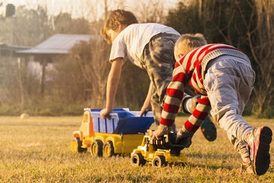 TOP 12 Zrób te rzeczy, a wakacje Twojego dziecka będą udane!