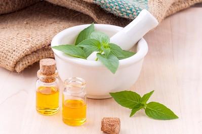 Olejki eteryczne – właściwości i zastosowanie