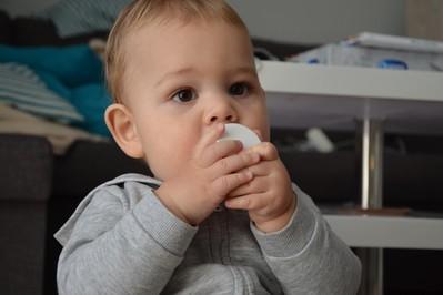 Sezon przeziębień w pełni  - mamy sprawdziły skuteczną metodę na katar!