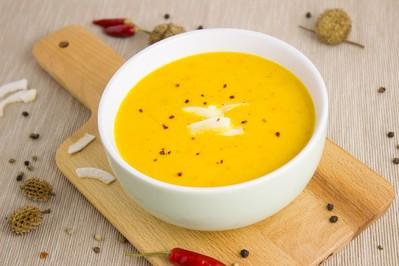 Jak zrobić zupę z dyni? 5 najsmaczniejszych PRZEPISÓW