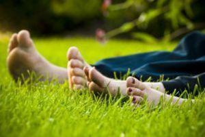 Jak dbać w lecie o swoje stopy?