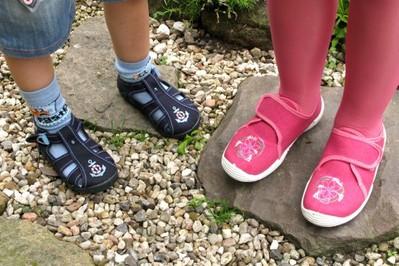 Wygodne i zdrowe buciki na małych nóżkach!