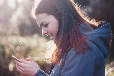 Francja wprowadza całkowity zakaz korzystania ze smartfonów w szkołach!