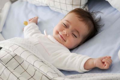 Sen noworodka – układamy plan dnia i nie dajemy się zmęczeniu WYWIAD Z EKSPERTKĄ cz. II