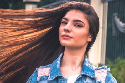 TOP 7 KROKÓW Jak dbać o włosy? PODSTAWOWE WSKAZÓWKI dla każdej zadbanej kobiety