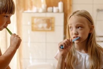 Jak zachęcić dziecko do regularnego mycia zębów?