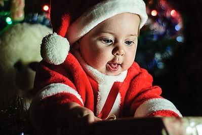 TAKI prezent na święta zachwyci dziecko! 8 propozycji prezentów pod choinkę dla dzieci