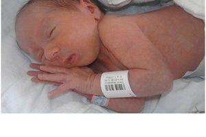 Poród małego Oliwierka.