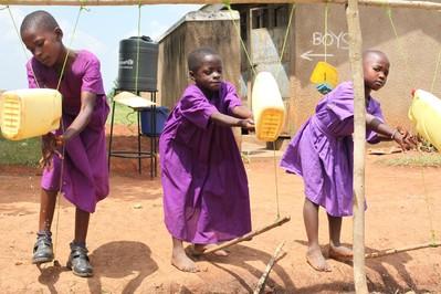 Mycie rąk ratuje życie dzieci!