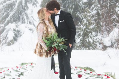 Ślub w plenerze - pomysł tylko na lato?