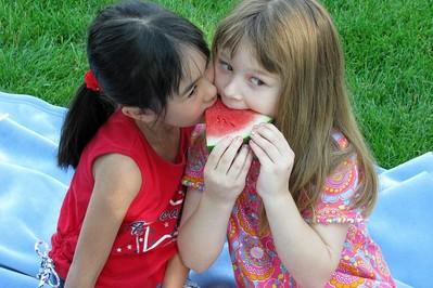 Krasnoludki, Siłacze, Słabeusze i inni bohaterowie nauczą dzieci zdrowego żywienia