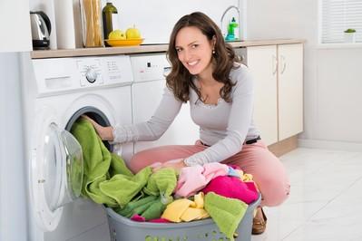 Jesteś mamą? Domowe obowiązki ujdą Ci na sucho z suszarką do ubrań!