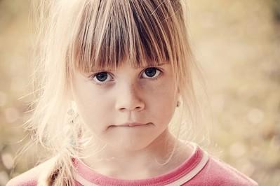 ADHD – co się za tym kryje? Jakie są pierwsze objawy?