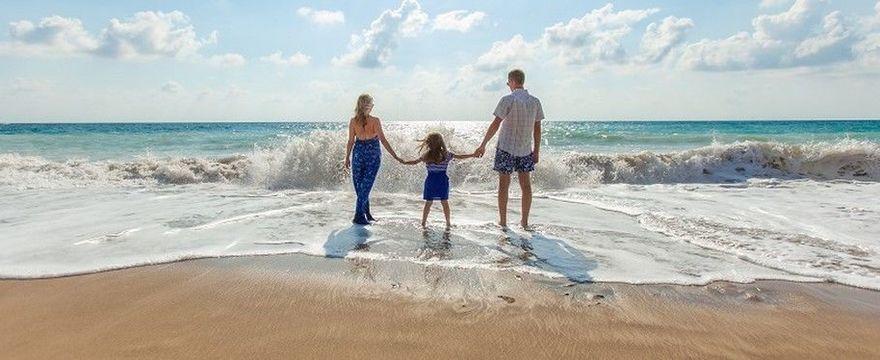 2 wyjątki dla rodzin: kiedy nie trzeba mieć kwarantanny po powrocie z zagranicy?