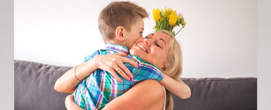 Wiersze dla mamy -przygotuj życzenia na Dzień Matki!