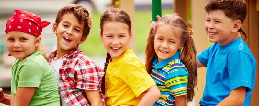 Wakacyjna tęsknota za rodzicami – jak ją zmniejszać?