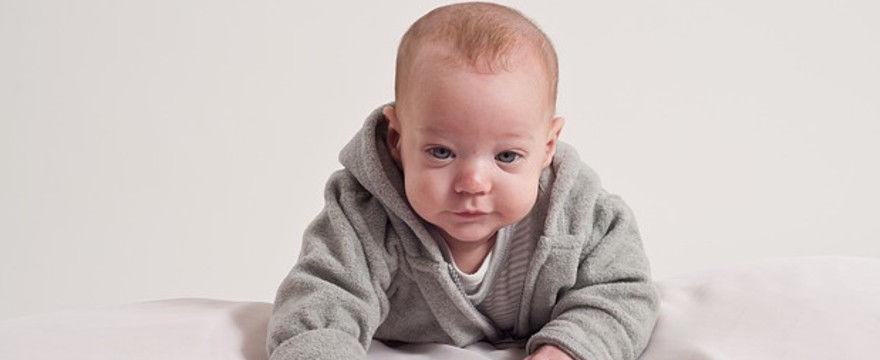 Niedobór witaminy D u niemowląt - dlaczego suplementacja jest tak ważna?