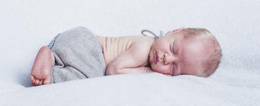 Godność niemowlaka: jak ją uszanować?