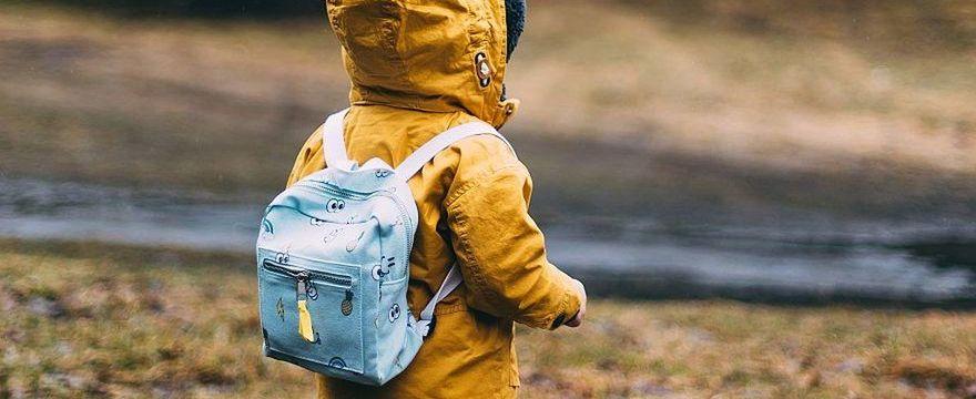Jak zadbać o bezpieczeństwo dziecka? POLICJANTKA radzi