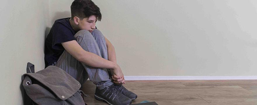 Rośnie liczba dzieci z problemami psychicznymi – Ministerstwo Zdrowia pracuje nad programem ratunkowym