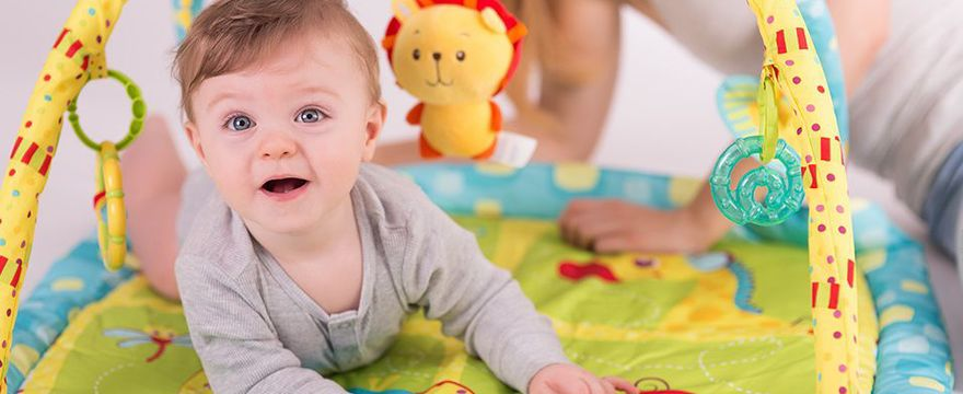 Wybieramy zabawki wspierające rozwój malucha!