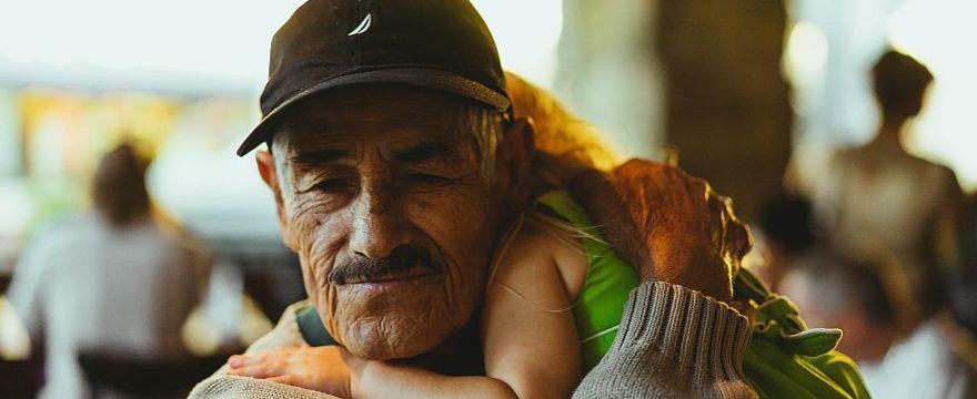 Dzień Dziadka: NAJPIĘKNIEJSZE wiersze, życzenia i piosenki!