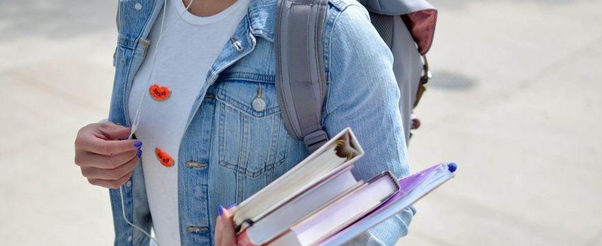 MEN: 10 zasad dla uczniów na bezpieczny powrót do szkoły ZOBACZ!